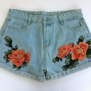 Pants - Floral Embroidered High Rise Denim Jean Shorts XL